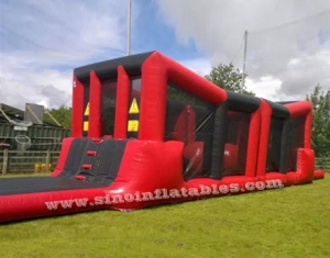 enfants n adultes wipeout parcours d'obstacles gonflables