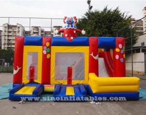 jeu de combo gonflable de clown avec slide n inside obstacles