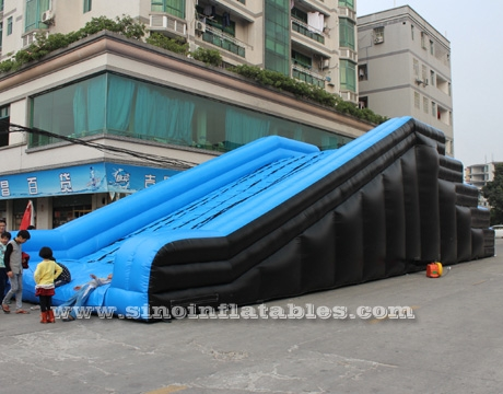 giant 5k running inflatable obstacle course